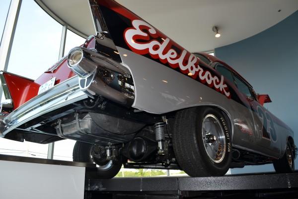 Edelbrock 57 Chevy 041
