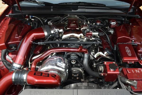 Lincoln Mark VIII engine