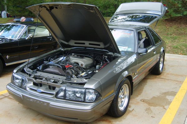Gray 1989 Ford Mustang LX