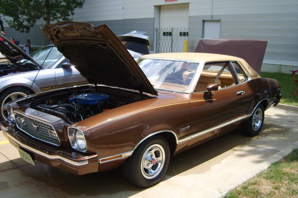 Brown Ford Mustang