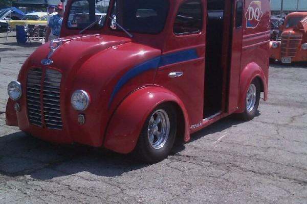 Hot rod Dairy Queen van