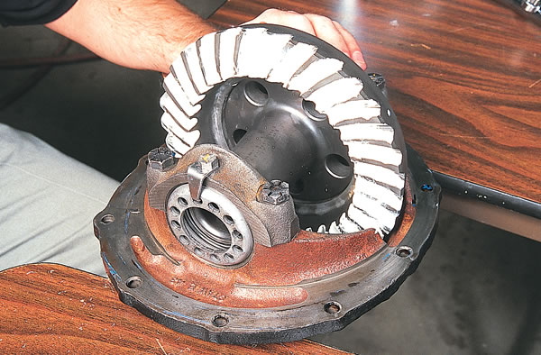 Checking A Ring And Pinion Wear