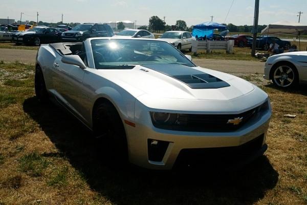 Camaro5 Fest. Silver Camaro