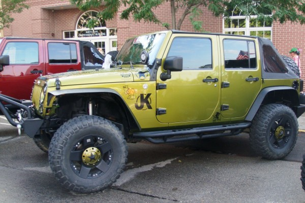Green Jeep Wrangler Unlimited