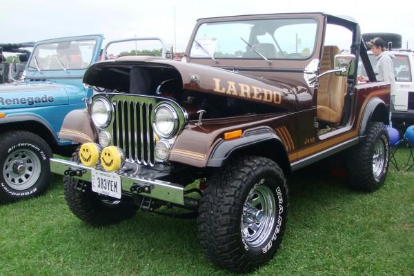 Vintage brown Jeep Laredo