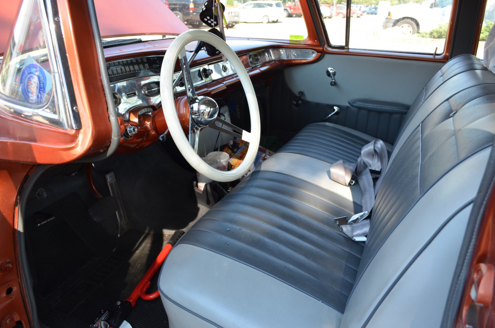1958 Chevy Nomad Interior Kitchen And Living Space 1957 Chevrolet Hot Rods Honeymoons Swedish Newlyweds Get Their Kicks 1955 1954
