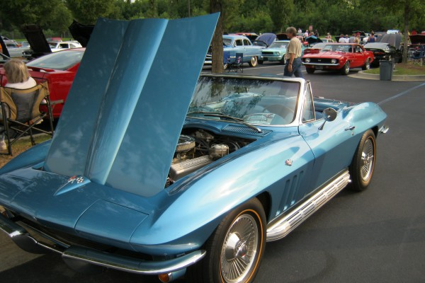 Blue C-2 Corvette