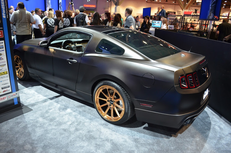 Ford Debuts Cobra-Jet Twin-Turbo Concept, SEMA Powered by