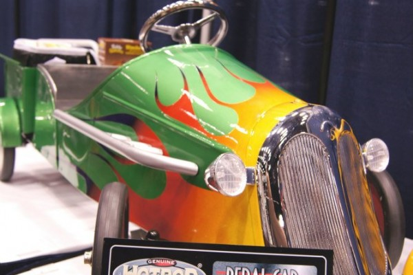 Cavalcade Of Customs >> Fun with Pedal Cars! Students Compete in Genuine Hotrod ...
