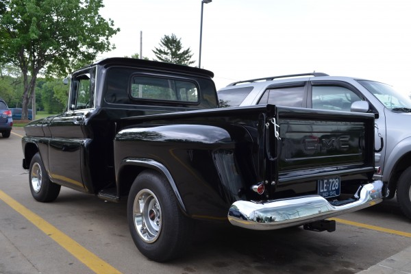 1963 GMC Fenderside