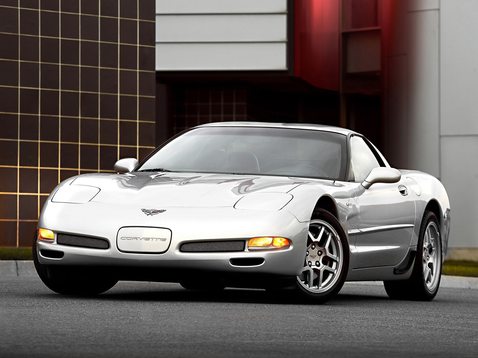 happy 60th birthday chevy corvette a trip down memory lane onallcylinders. Black Bedroom Furniture Sets. Home Design Ideas