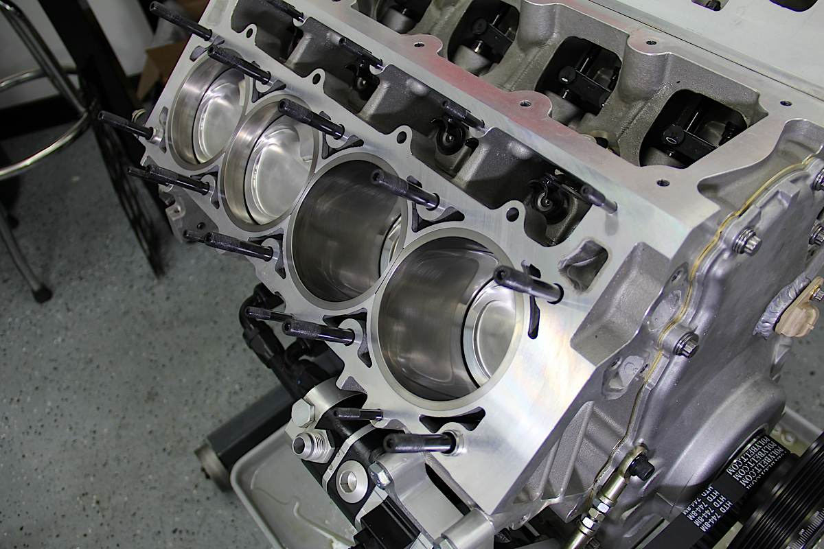 ChevyHardcore and Late Model Engines (LME) 700-horsepower LS motor
