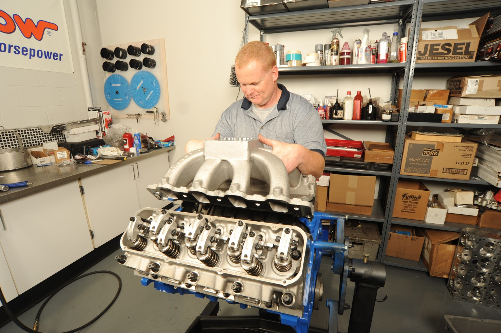 Big Ford Horsepower (Part 2): Installing the Top End on