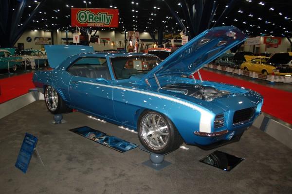 69 Camaro blue1