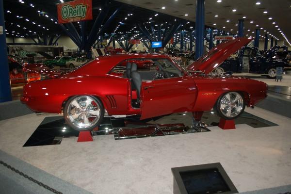 69 Camaro red1