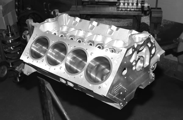 Big Block Ford Engine Build: 900+ Horses from a 600 CID Ford