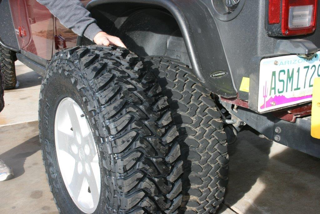 Easy Lift Installing A Daystar Lift Kit On A Jeep Jk Onallcylinders
