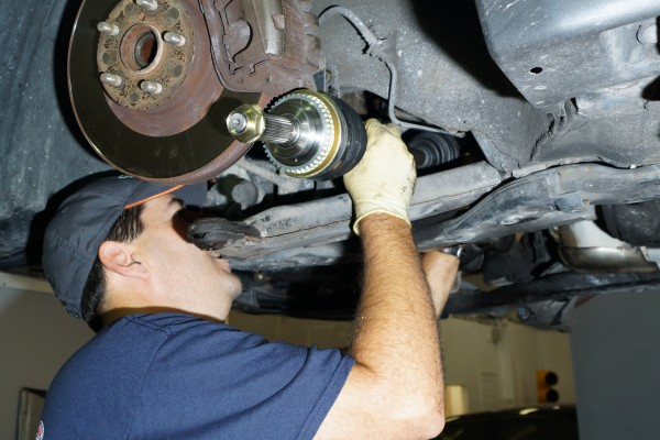 Mud Slinger How To Replace The Cv Drive Axle On Your