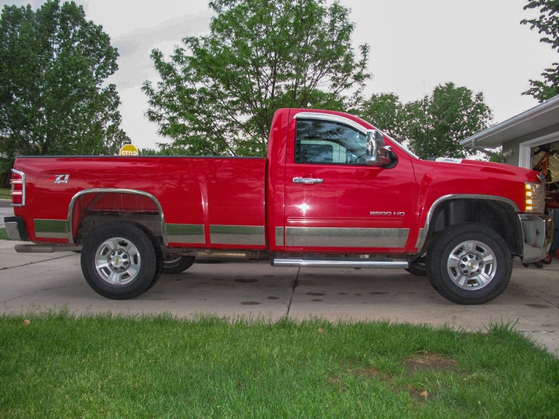 Duramax 6 Inch Lift >> On the Level: Installing a ReadyLift Leveling Kit on a Silverado 2500HD - OnAllCylinders