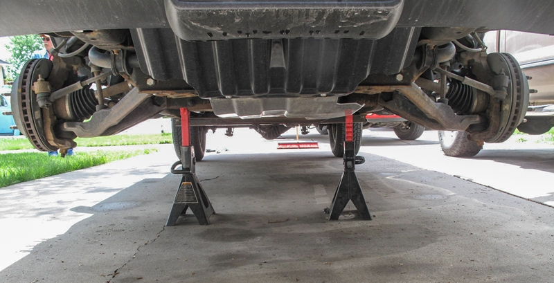 6 Inch Lift Kit For Chevy Silverado 1500 >> On the Level: Installing a ReadyLift Leveling Kit on a ...