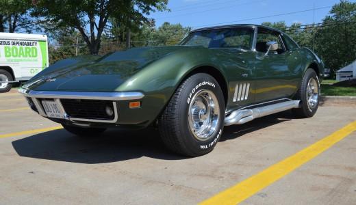 Lot Shots Find of the Week: 1969 Corvette Stingray