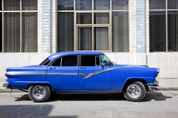 Cuba-Cars-Darkblue