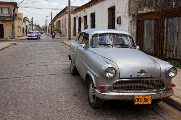 Cuba-Cars-Opel