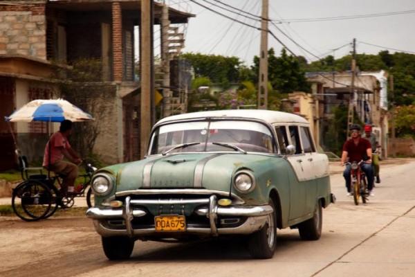 Cuba-Cars-Wagons