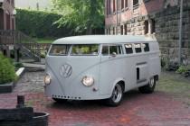 Video: Inside Ken Prather's Mid-Engine V8-Powered 1962 VW Microbus