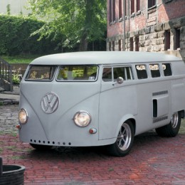 Video: Inside Ken Prather's Mid-Engine V8-Powered 1962 VW Microbus