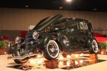 Dueling Photo Galleries: Salt Lake City vs. Winnipeg World of Wheels