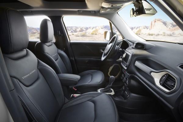 Jeep® Renegade Desert Hawk Concept Interior