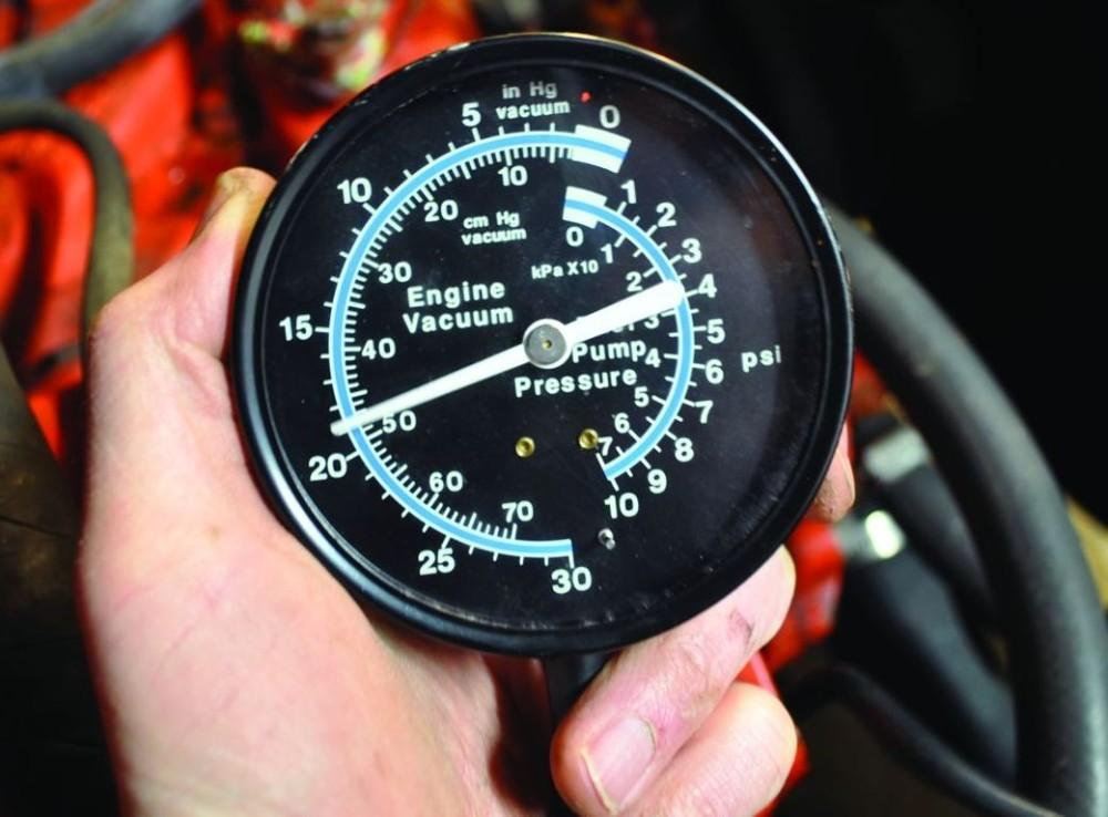 Auto Engine Gauges : Quick tech how to read a vacuum gauge pinpoint engine