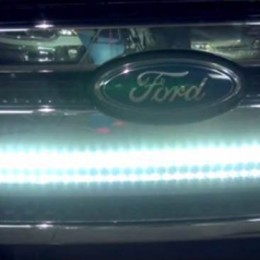 Video: How to Install a Putco Light Bar Behind Your Truck Grille