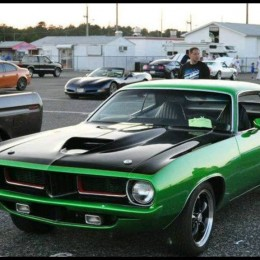 Dan's 1974 5.7L HEMI-powered Plymouth Cuda