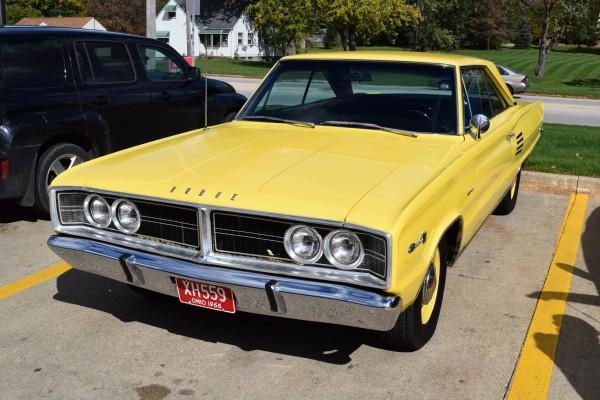 1966 Dodge Coronet 440 magnum yellow 1