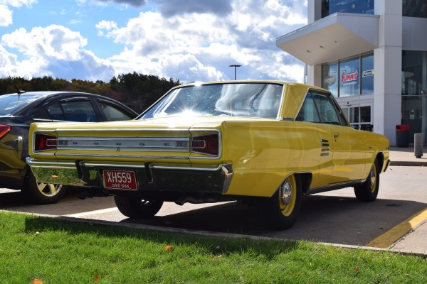 1966 Dodge Coronet 440 magnum yellow 4