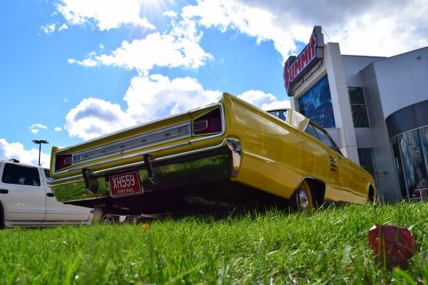 1966 Dodge Coronet 440 magnum yellow 5