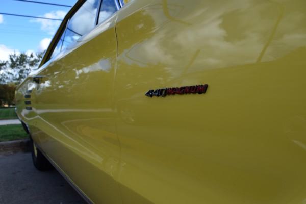 1966 Dodge Coronet 440 magnum yellow 7