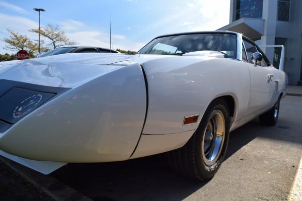 Plymouth Superbird white 4
