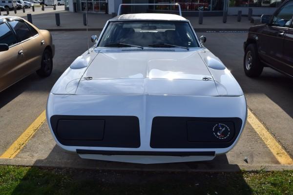 Plymouth Superbird white 5