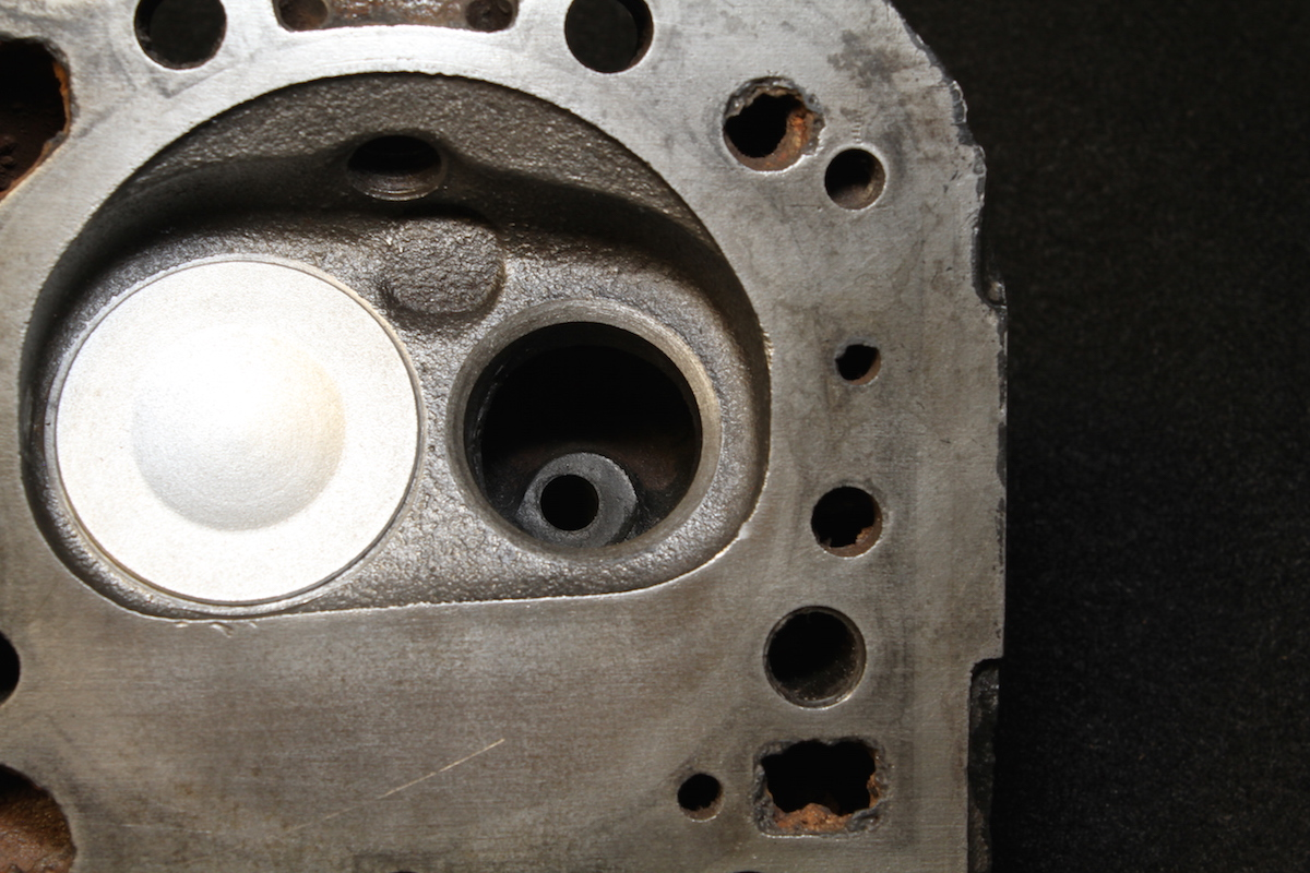 All Chevy 882 chevy heads : How to Choose Cylinder Heads: 6 Mistakes to Avoid