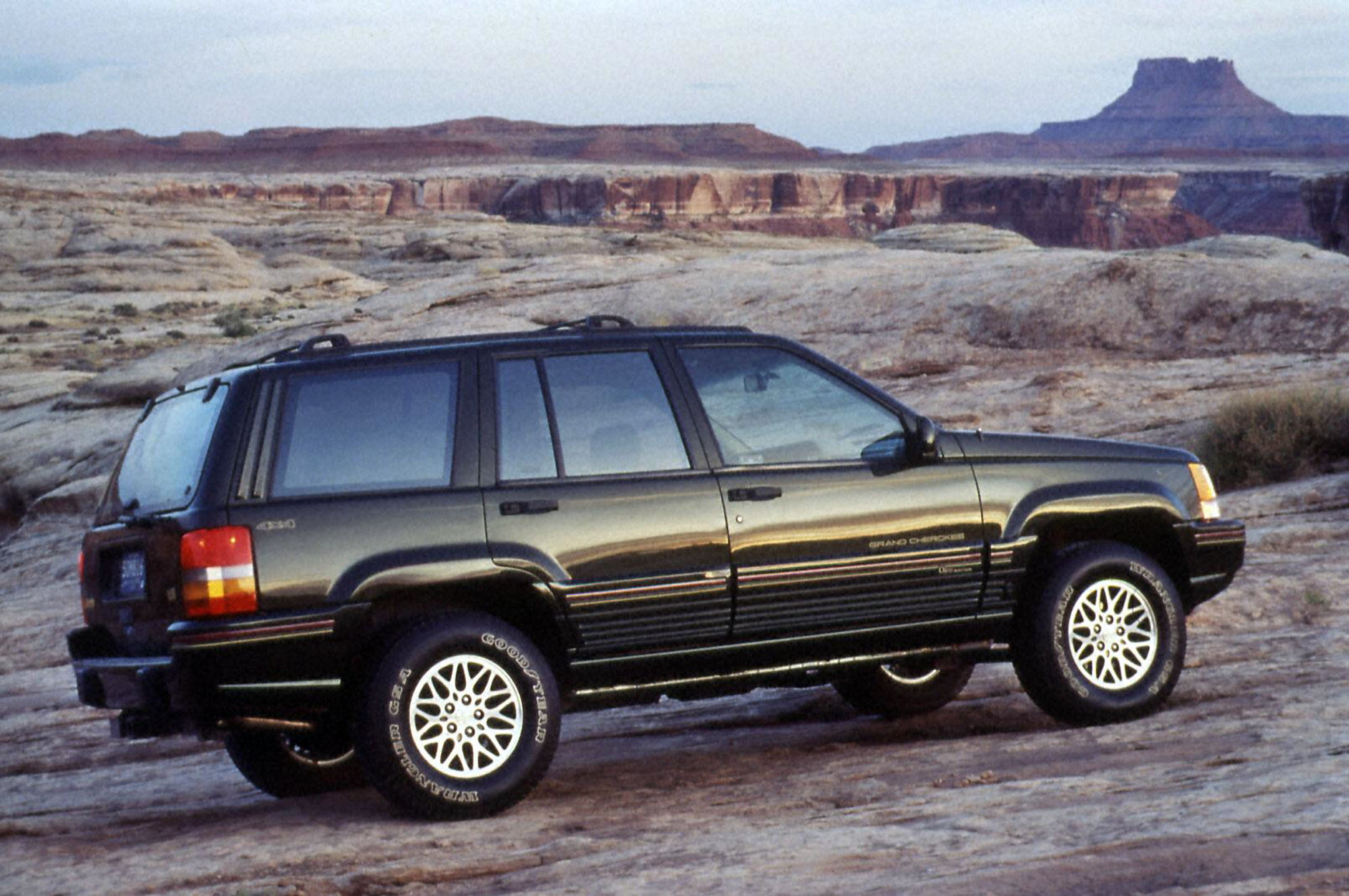 The 10 Best Jeeps Of All Time Onallcylinders 1998 Jeep Grand Cherokee Laredo 1995