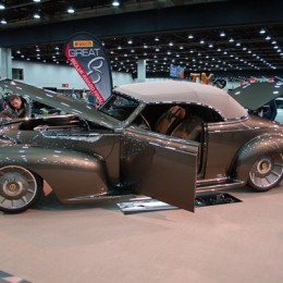 Billy Thomas' 1939 Oldsmobile Wins 2016 Ridler Award