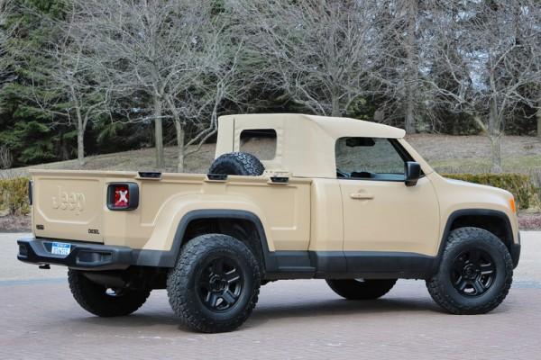 Jeep-Comanche-concept-rear-side-view