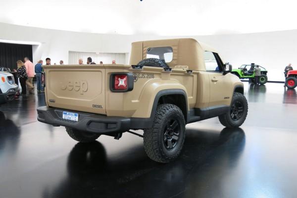 Jeep-Comanche-concept-rear-three-quarter