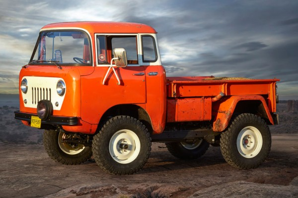 Jeep-FC-150-Heritage-Vehicle-front-side-view