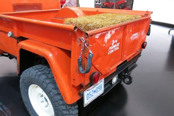 Jeep-FC-150-concept-rear-end