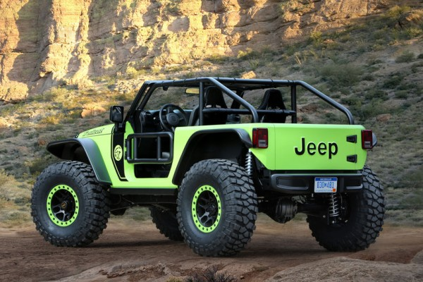 Jeep-Trailcat-concept-rear-side-view