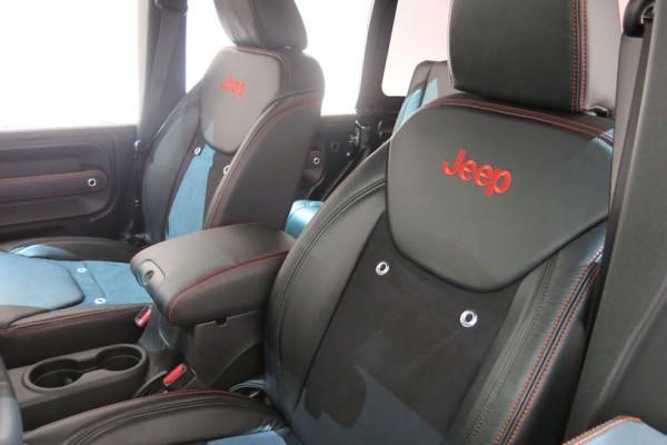Jeep-Trailstorm-concept-seats